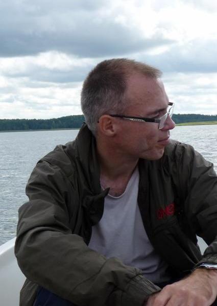 Iskender Yasaveyev in Saari